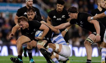 Caen Los Pumas y festejan All Blacks