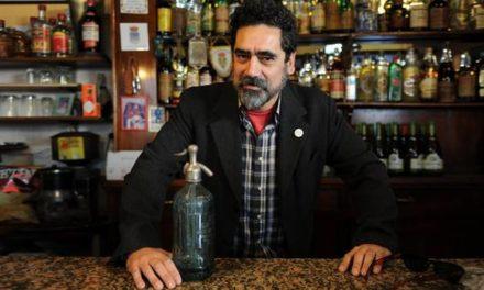 """Ricardo Tapia es mucho más que """"inoxidable"""""""