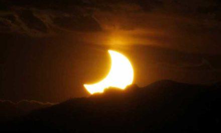 Luna Nueva y eclipse solar total
