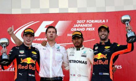 Hamilton acaricia el título