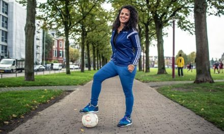 Pionera del fútbol femenino en Palestina