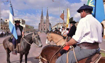 Cruces por la peregrinación a caballo