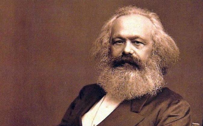 Del manifiesto comunista al animé