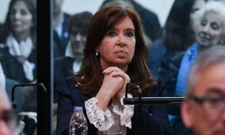 «A Cristina no le alcanza con ser la jefa de la oposición»