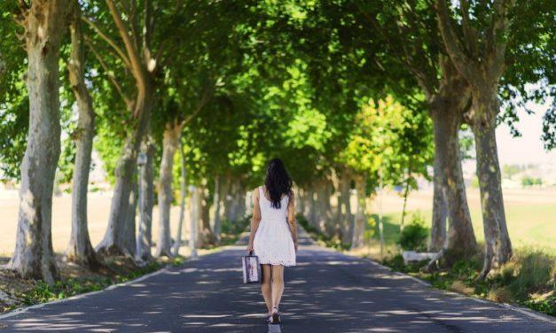 Diferencias entre sentir soledad y estarlo