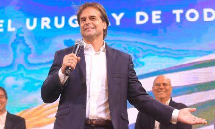 Cambio de mano en Uruguay