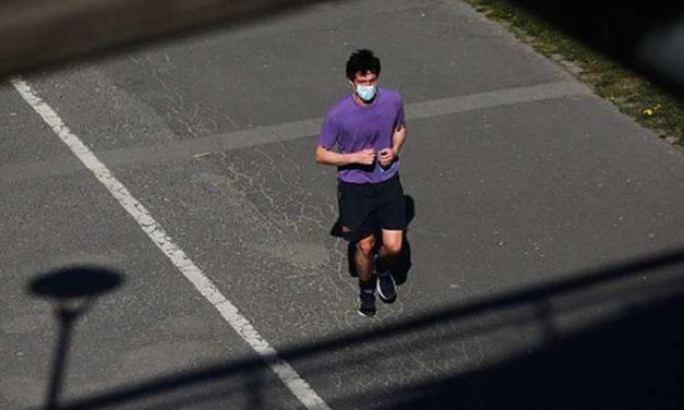 Correr con tapabocas: ¿sí o no?
