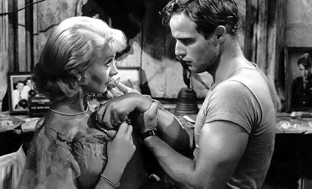 ¡Qué bueno está Marlon Brando!