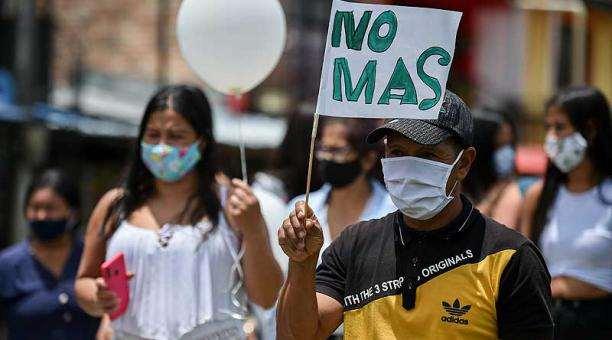 Morir por tierra, dolor colombiano
