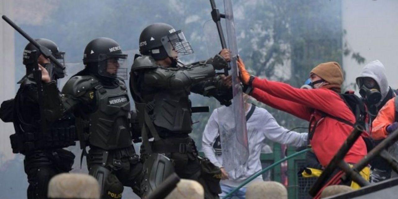 Sigue la represión en Colombia