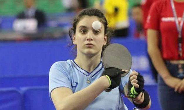 Garra y «ping pong»